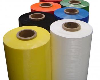 O filme stretch preto é uma embalagem versátil capaz de fazer pacotes ocultos, preservando os produtos de exposições indesejáveis.